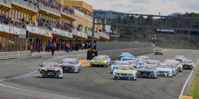 Starke Leistung beim Saisonauftakt der NASCAR Euro Series in Valencia