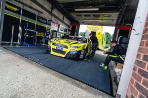 Florian Renauer Brands Hatch 2016 Ruhe vor dem Sturm
